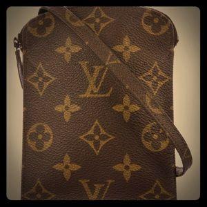 Louis Vuitton passport holder shoulder strap